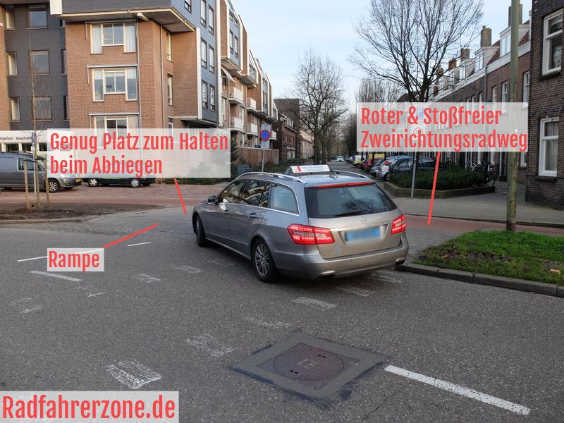 Rampe beim Abbiegen | Radfahrerzone.de
