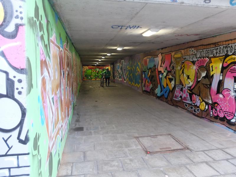 Tunnel nach der Treppe am Europastern | Radfahrerzone.de