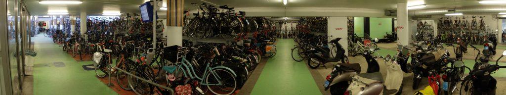 Fahrrad-Parkhaus Den Bosch